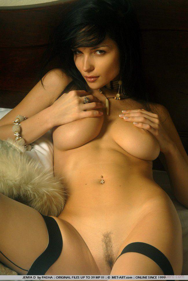nude-brunettes-vol1-43