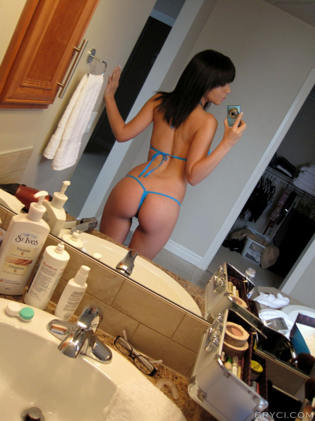 bryci-tits-naked-self-shots-mirror-bathroom-01