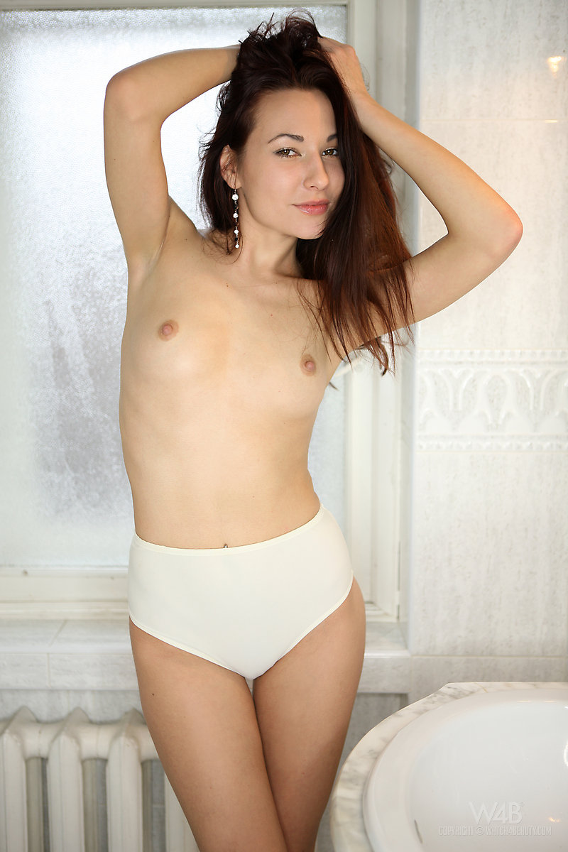 lila-bathroom-watch4beauty-03