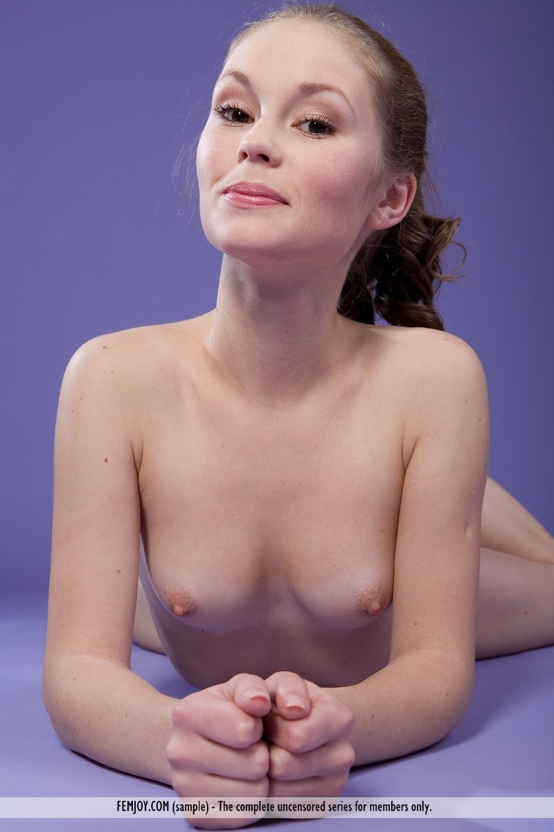 tatjana-b-totally-naked-femjoy-08