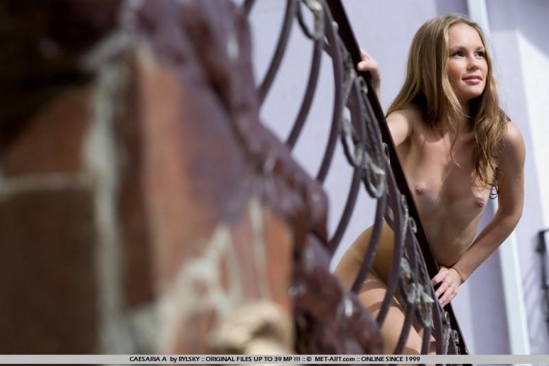 caesaria-a-poppy-dress-met-art-08