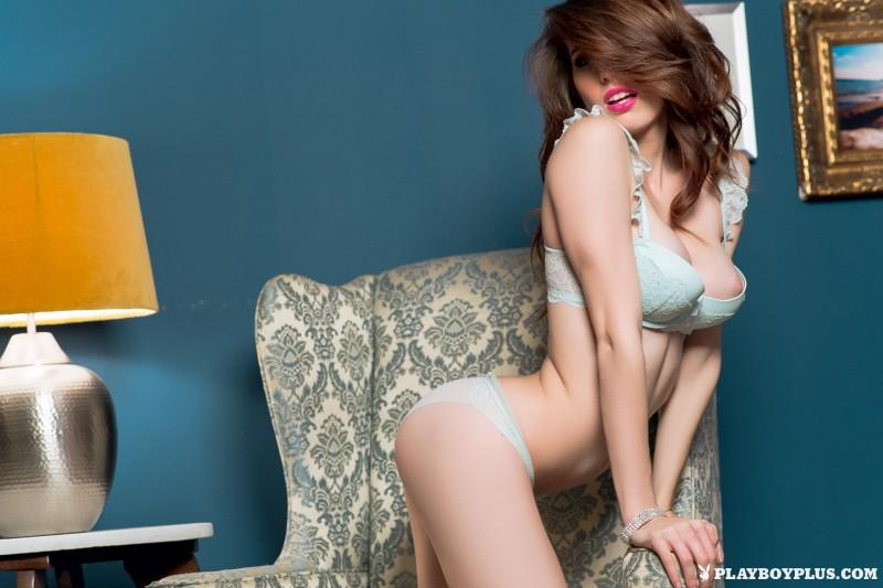 caitlin-mcswain-armchair-nude-playboy-06