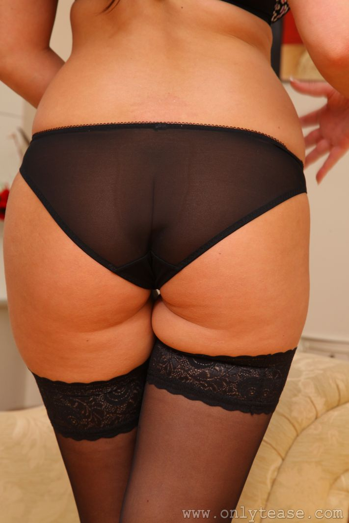 caitlin-wynters-stockings-onlytease-13