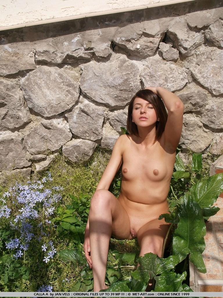 calla-a-nude-garden-metart-01
