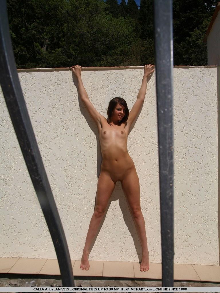 calla-a-nude-garden-metart-07