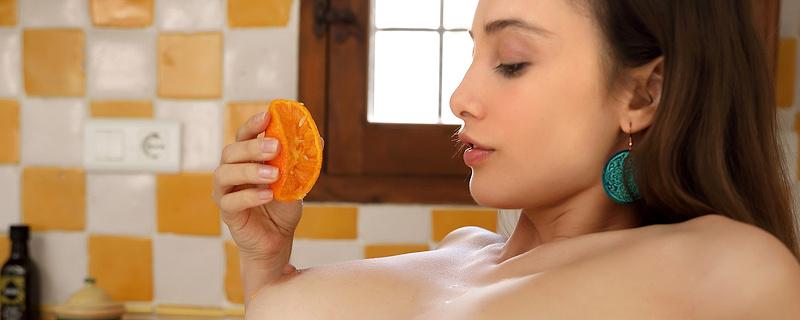 Calypso Muse – Orange juice