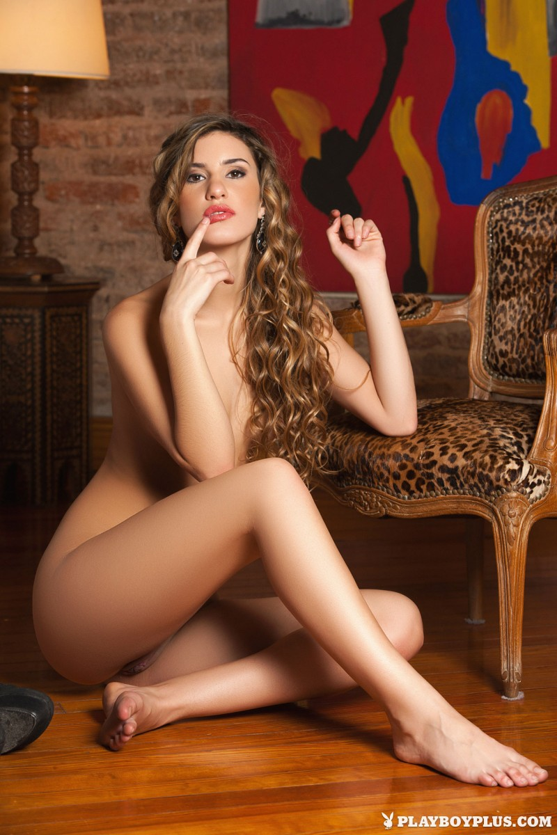 camila-ostende-lingerie-high-heels-nude-playboy-18