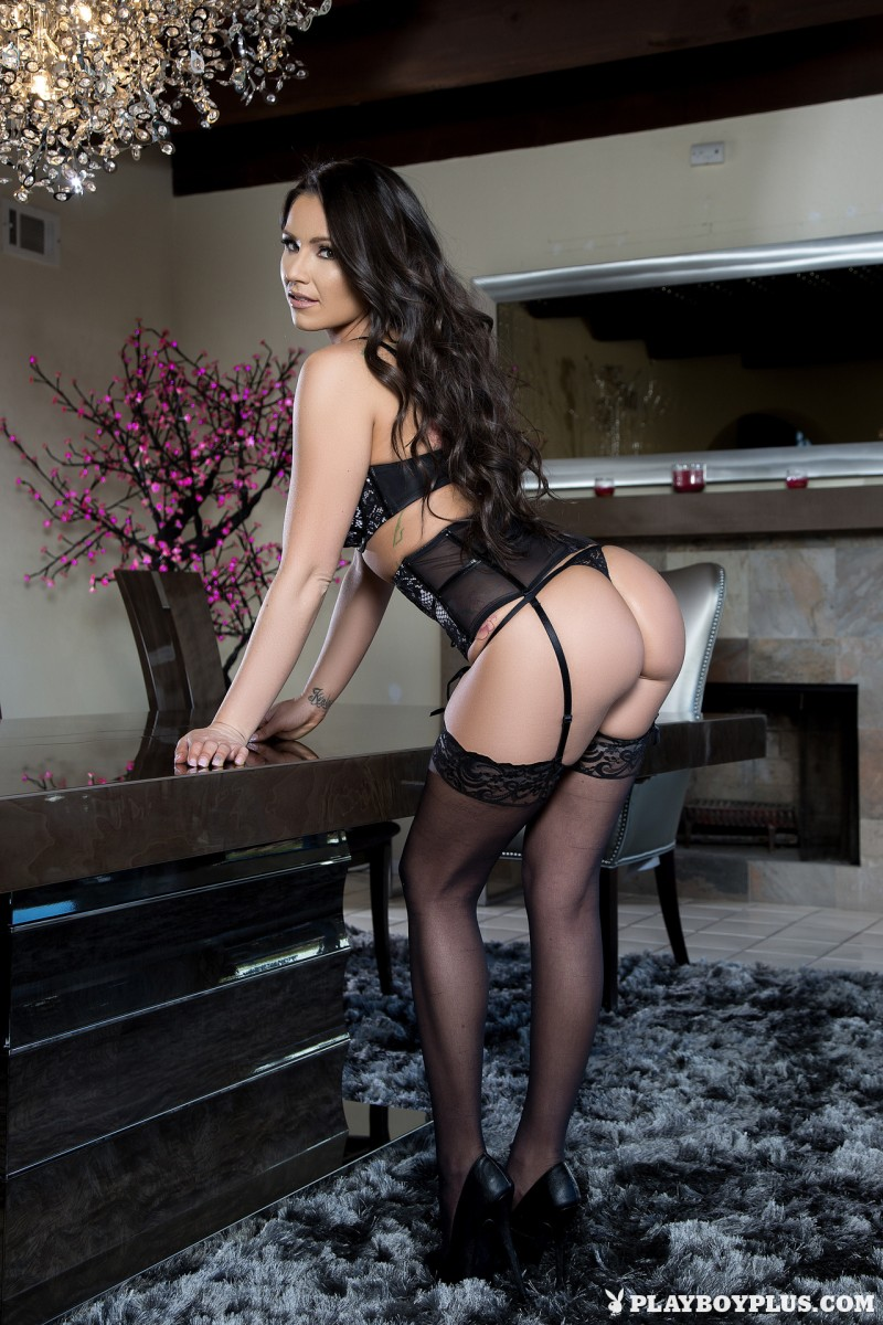 candace-leilani-stockings-high-heels-playboy-01