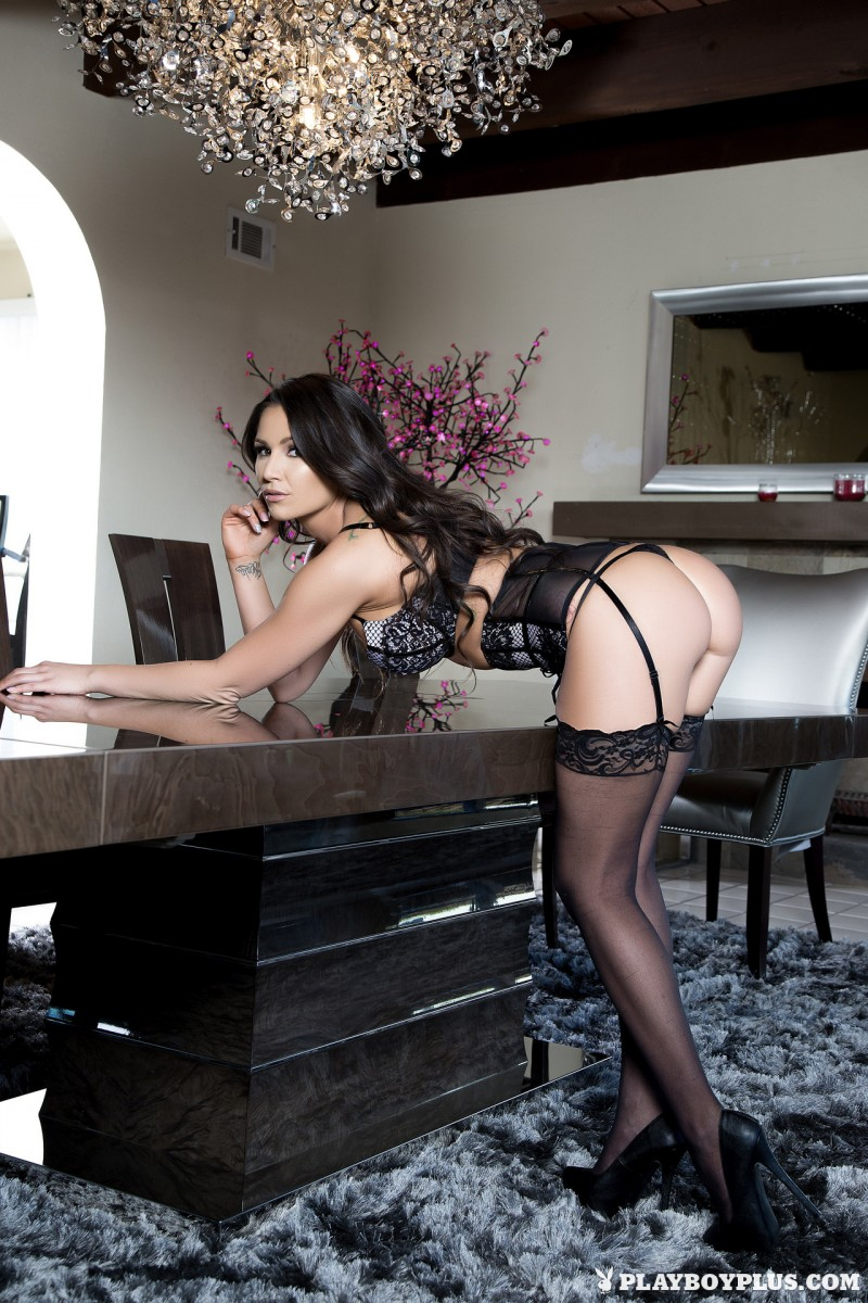 candace-leilani-stockings-high-heels-playboy-04