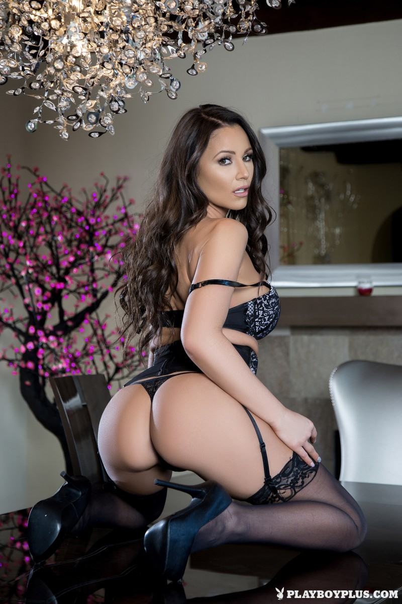 candace-leilani-stockings-high-heels-playboy-09