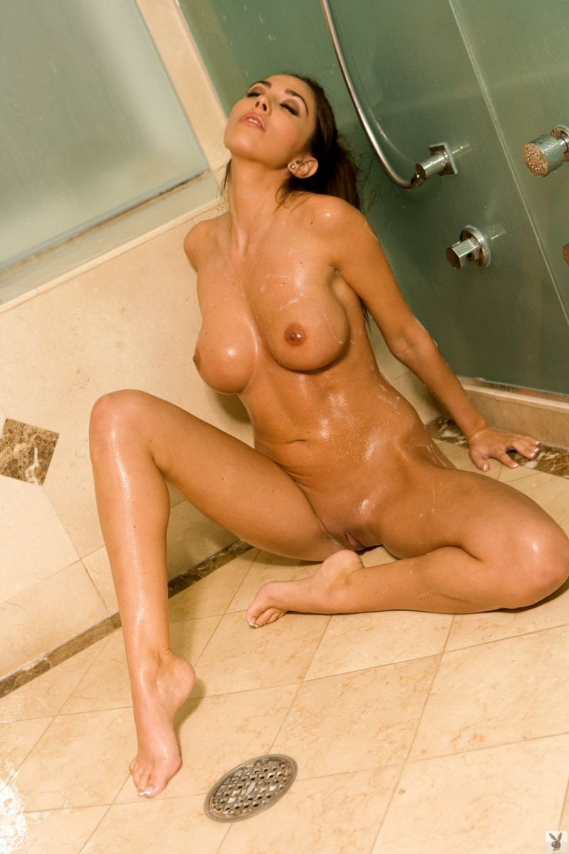 candice-guerrero-shower-playboy-24