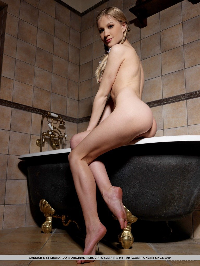 candice-b-bath-met-art-17