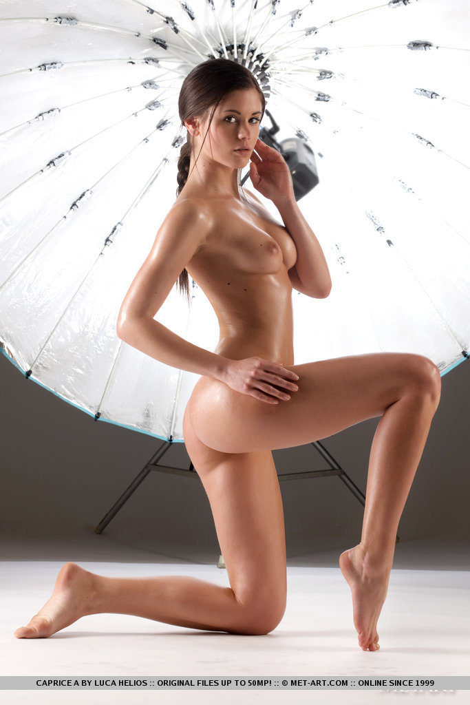 caprice-a-studio-photoshoot-nude-metart-07
