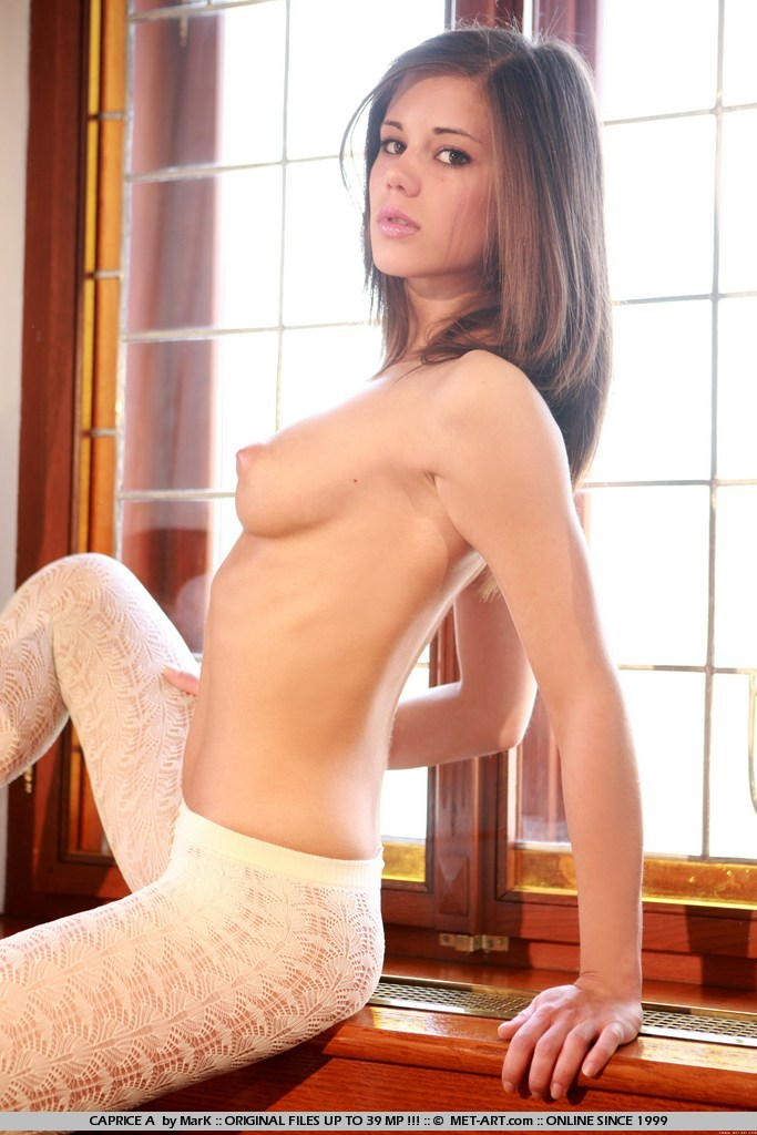 caprice-a-white-tights-met-art-02