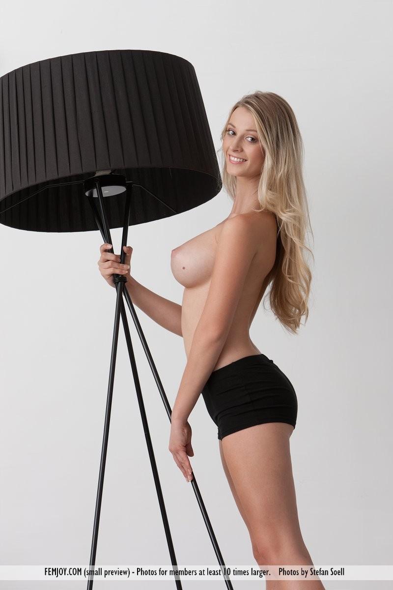 carisha-lamps-naked-boobs-femjoy-03