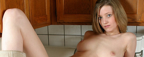 Carli Banks in the kitchen vol.2