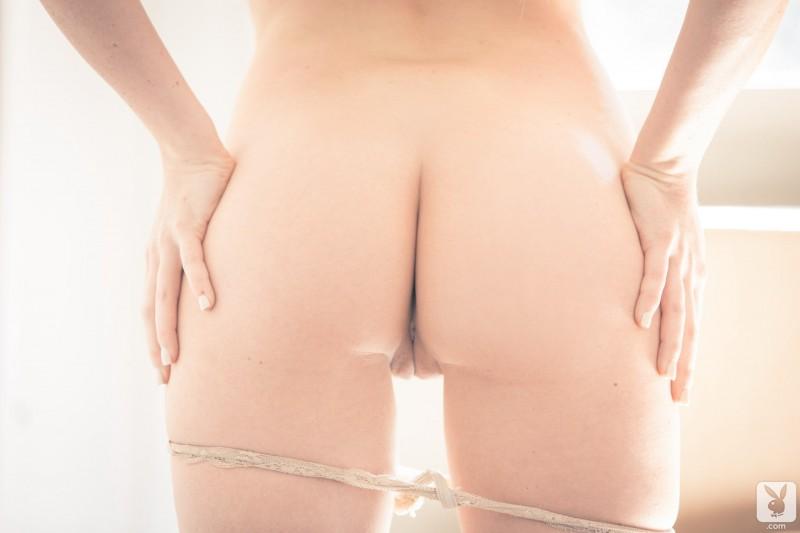 carly-lauren-nude-playboy-12