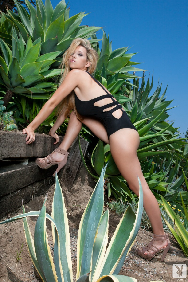 carlye-denise-one-piece-bikini-playboy-07