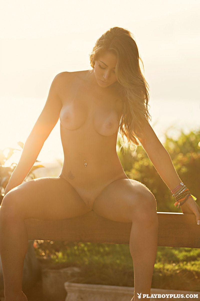 carol-narizinho-brazilian-model-nude-playboy-15