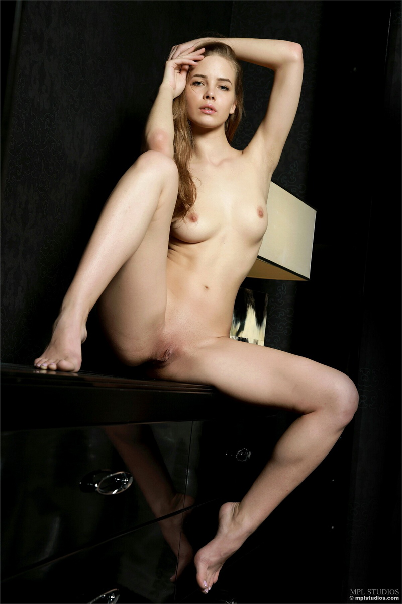 carolina-bottomless-nude-checkere-shirt-mplstudios-14