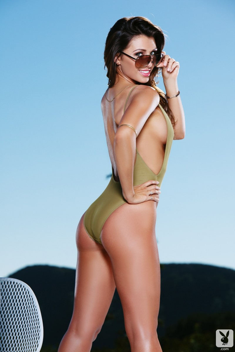 casey-connelly-pool-playboy-03