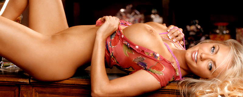 Cassandra Lynn – Miss February 2006