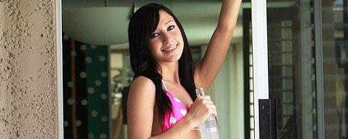 Catie Minx in bikini