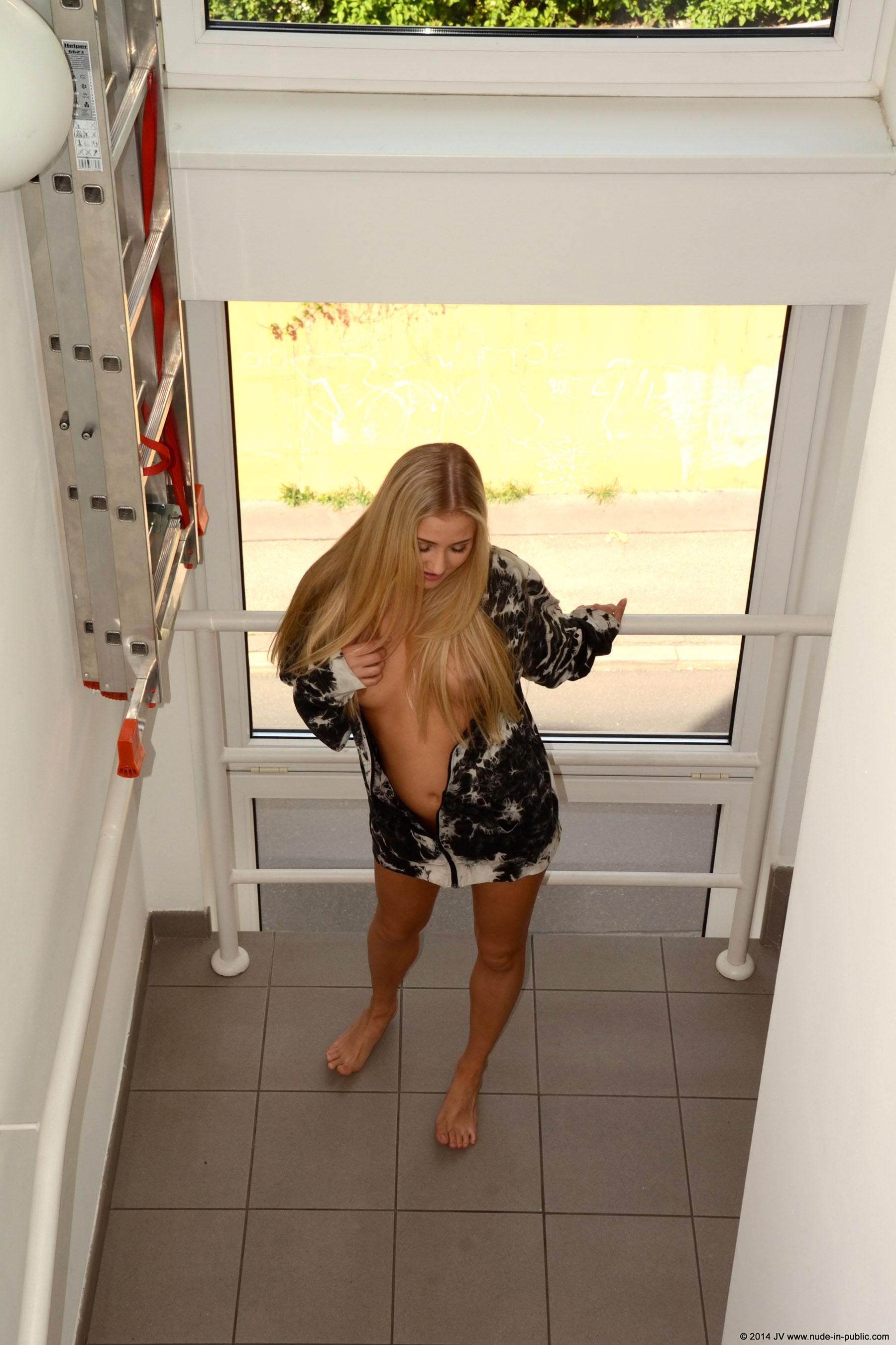 karolina-m-blonde-on-the-street-nude-in-public-02