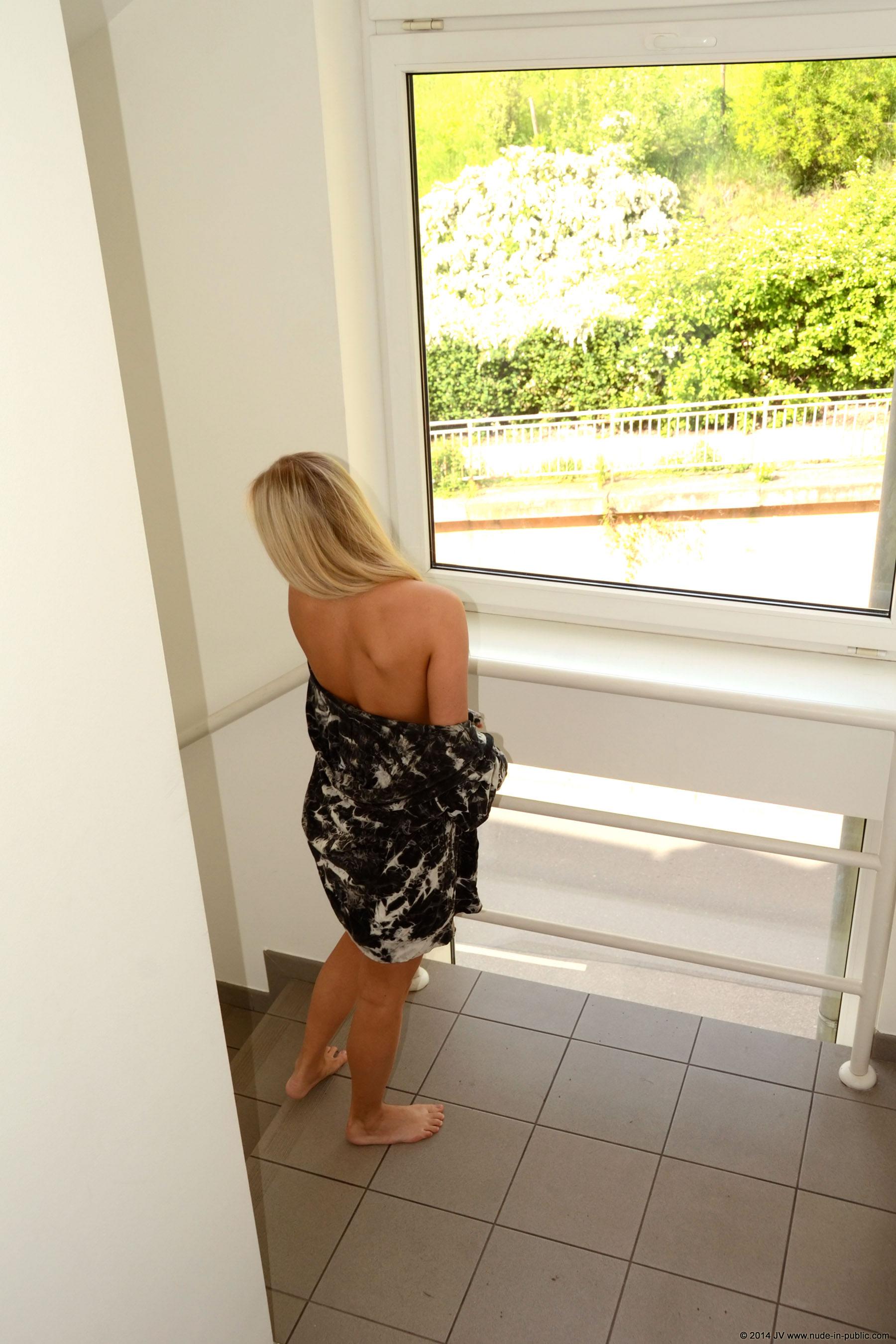 karolina-m-blonde-on-the-street-nude-in-public-03