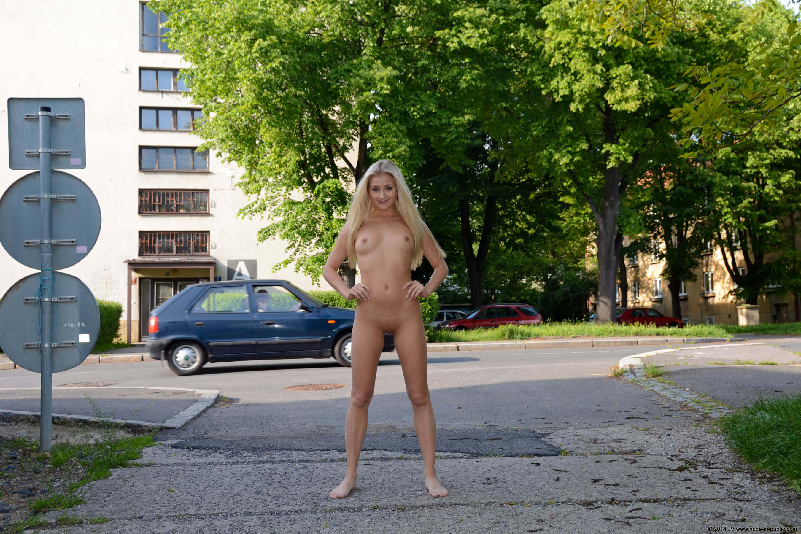 karolina-m-blonde-on-the-street-nude-in-public-21