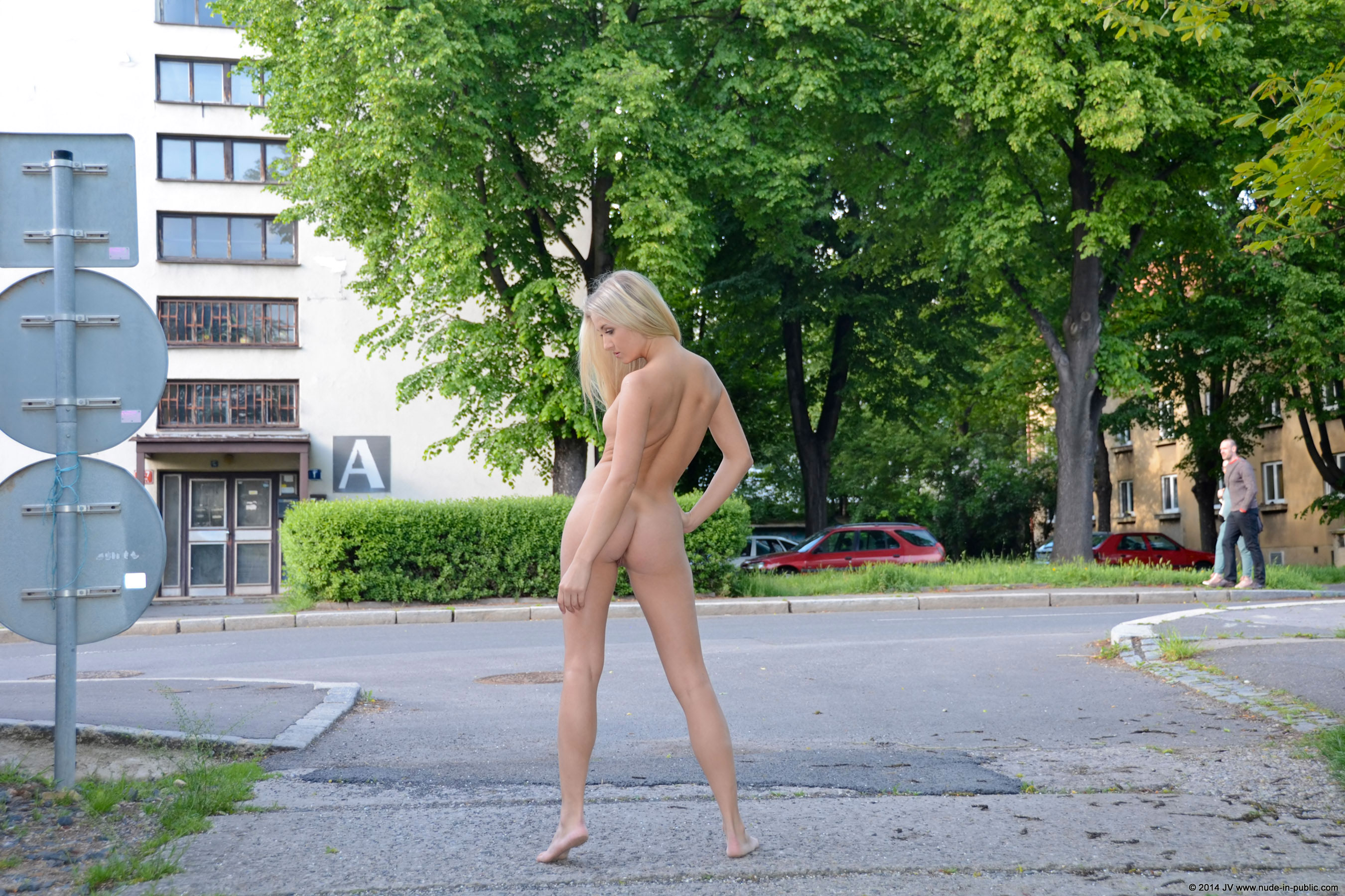 karolina-m-blonde-on-the-street-nude-in-public-24