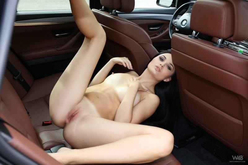 celeste-t-nude-backseat-brunette-watch4beauty-10