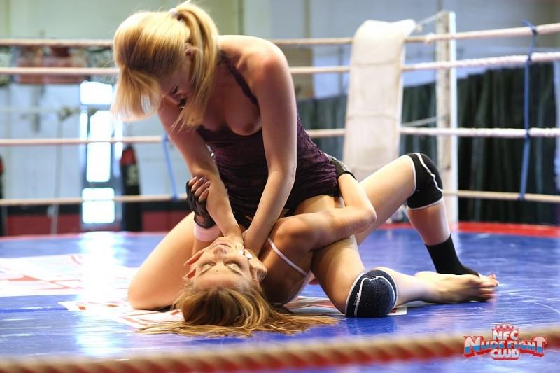 celine-doll-&-aleska-diamond-nude-fight-club-ring-11