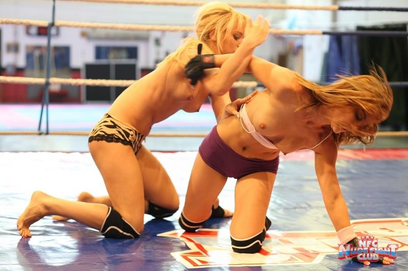 celine-doll-&-aleska-diamond-nude-fight-club-ring-19