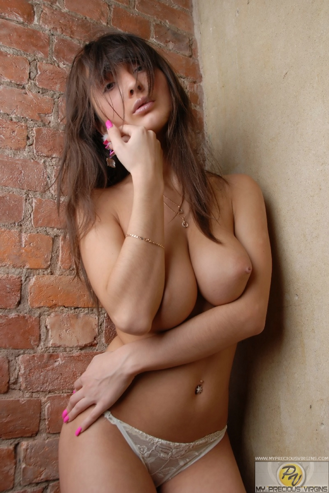 celine-boobs-my-precious-virgins-11