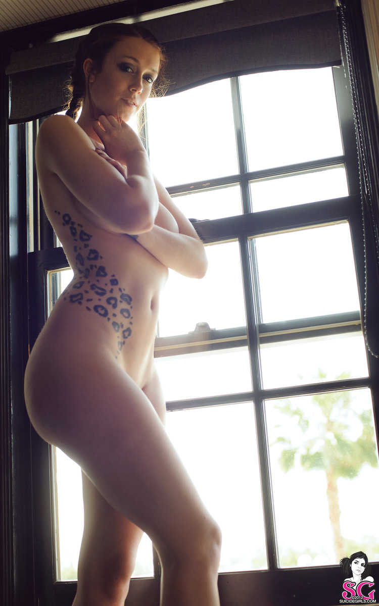 charlotte-herbert-nude-window-suicide-girls-26