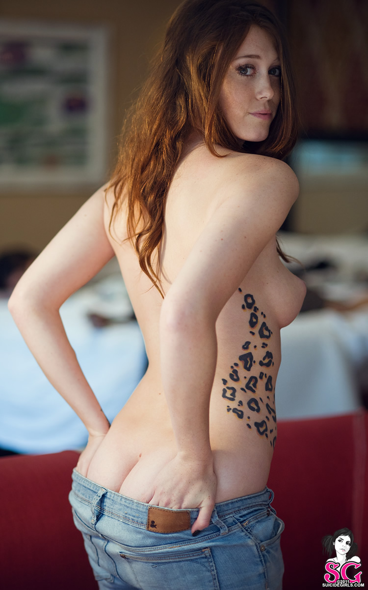 charlotte-herbert-jeans-naked-boobs-suicidegirls-10
