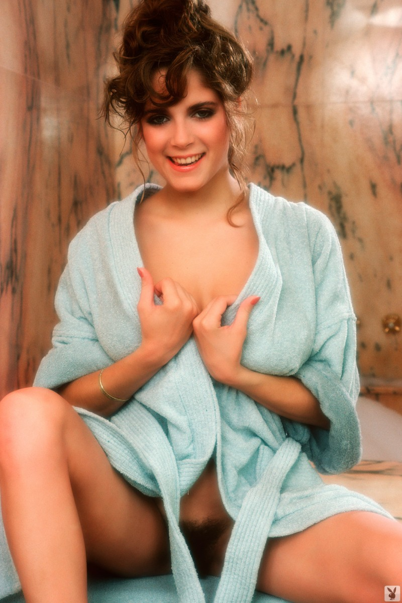charlotte-kemp-playboy-1982-02