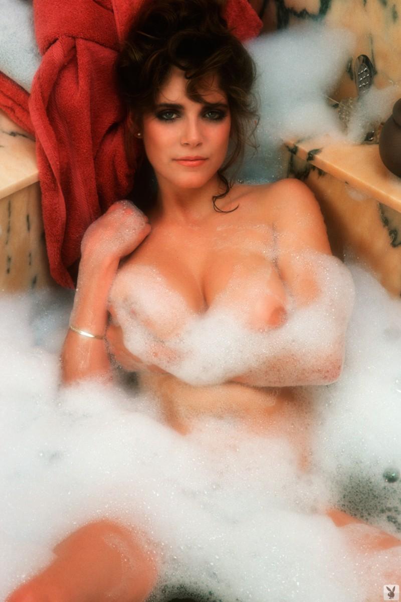 charlotte-kemp-playboy-1982-09