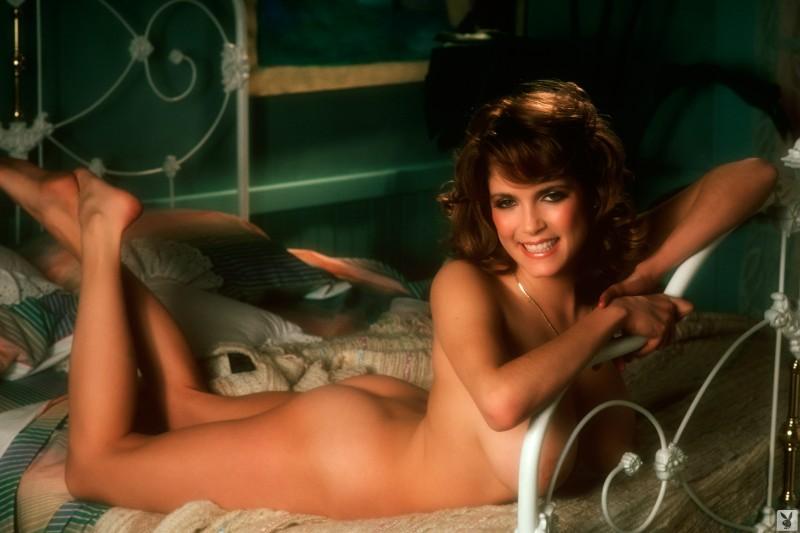 charlotte-kemp-playboy-1982-17