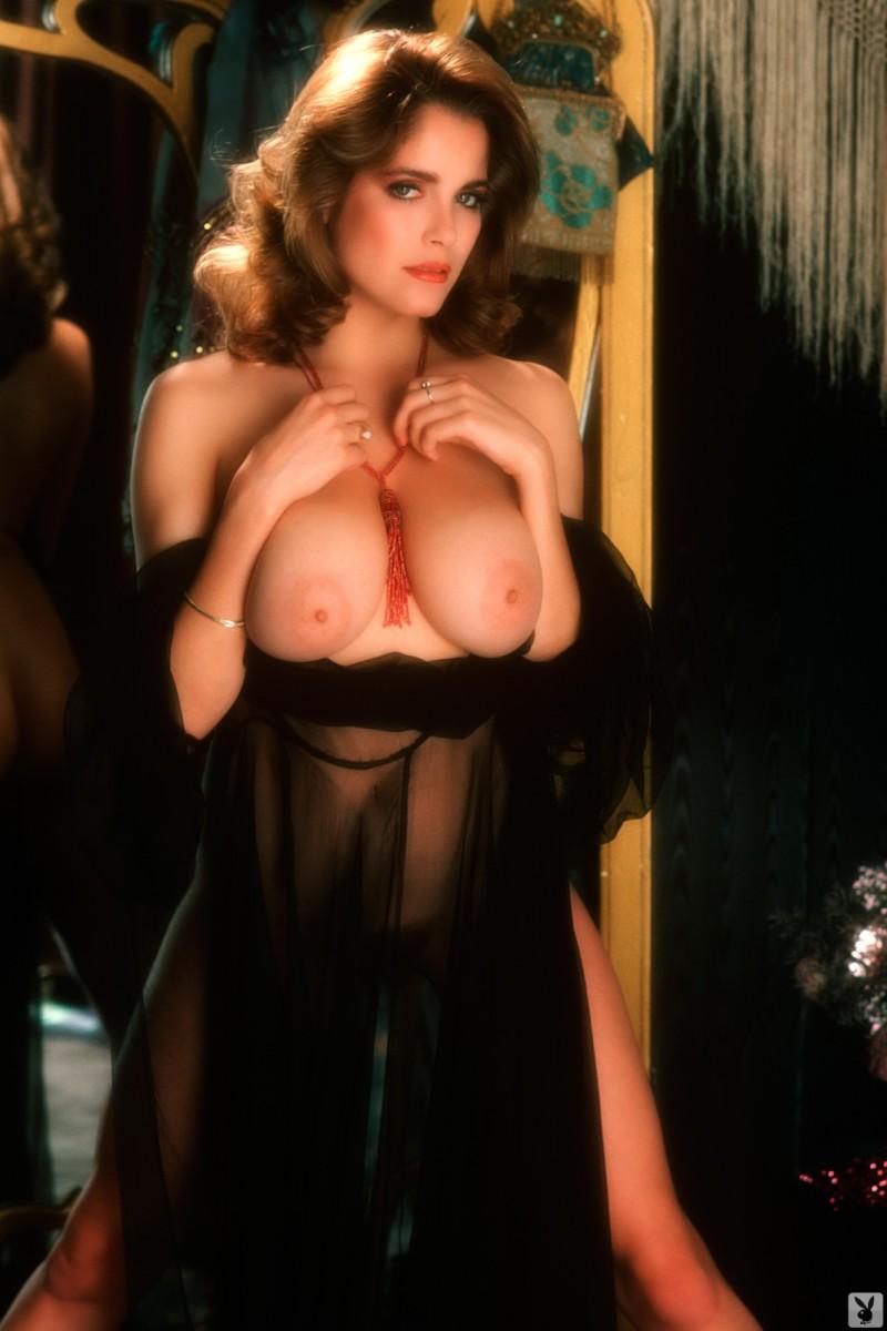 charlotte-kemp-playboy-1982-25