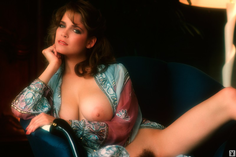 charlotte-kemp-playboy-1982-47