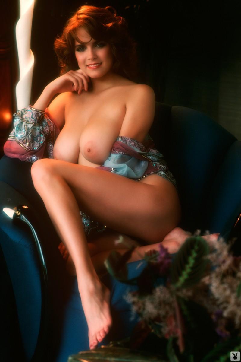 charlotte-kemp-playboy-1982-48