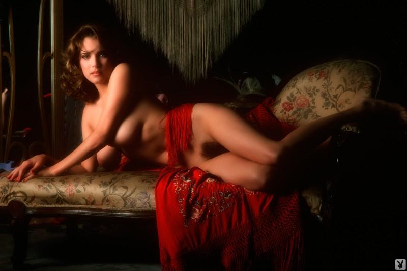 charlotte-kemp-playboy-1982-56