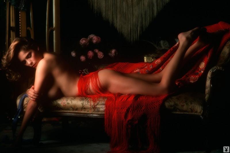 charlotte-kemp-playboy-1982-59