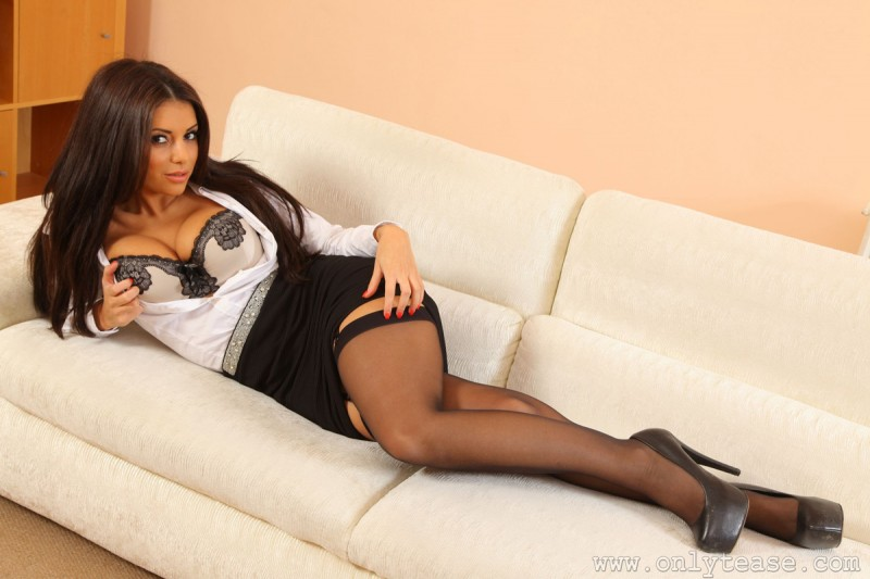charlotte-springer-stockings-garters-onlytease-09