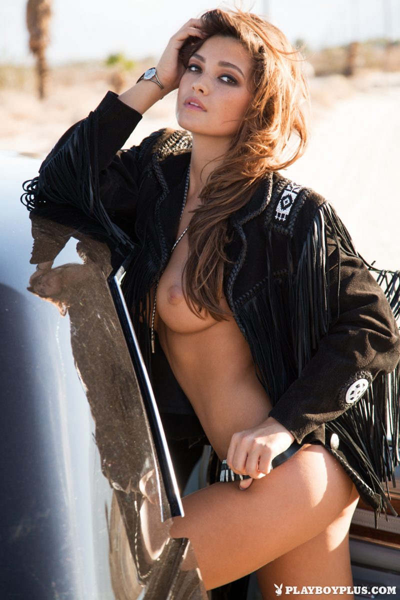 chelsie-aryn-naked-desert-black-hat-playboy-20