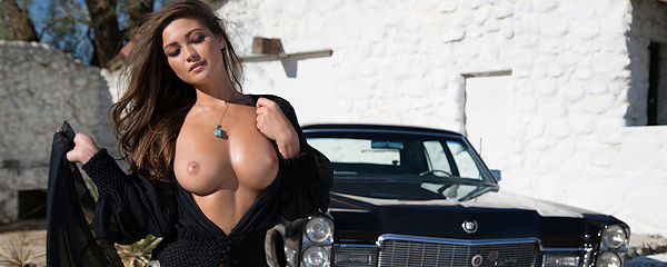 Chelsie Aryn – Playmate of March 2015