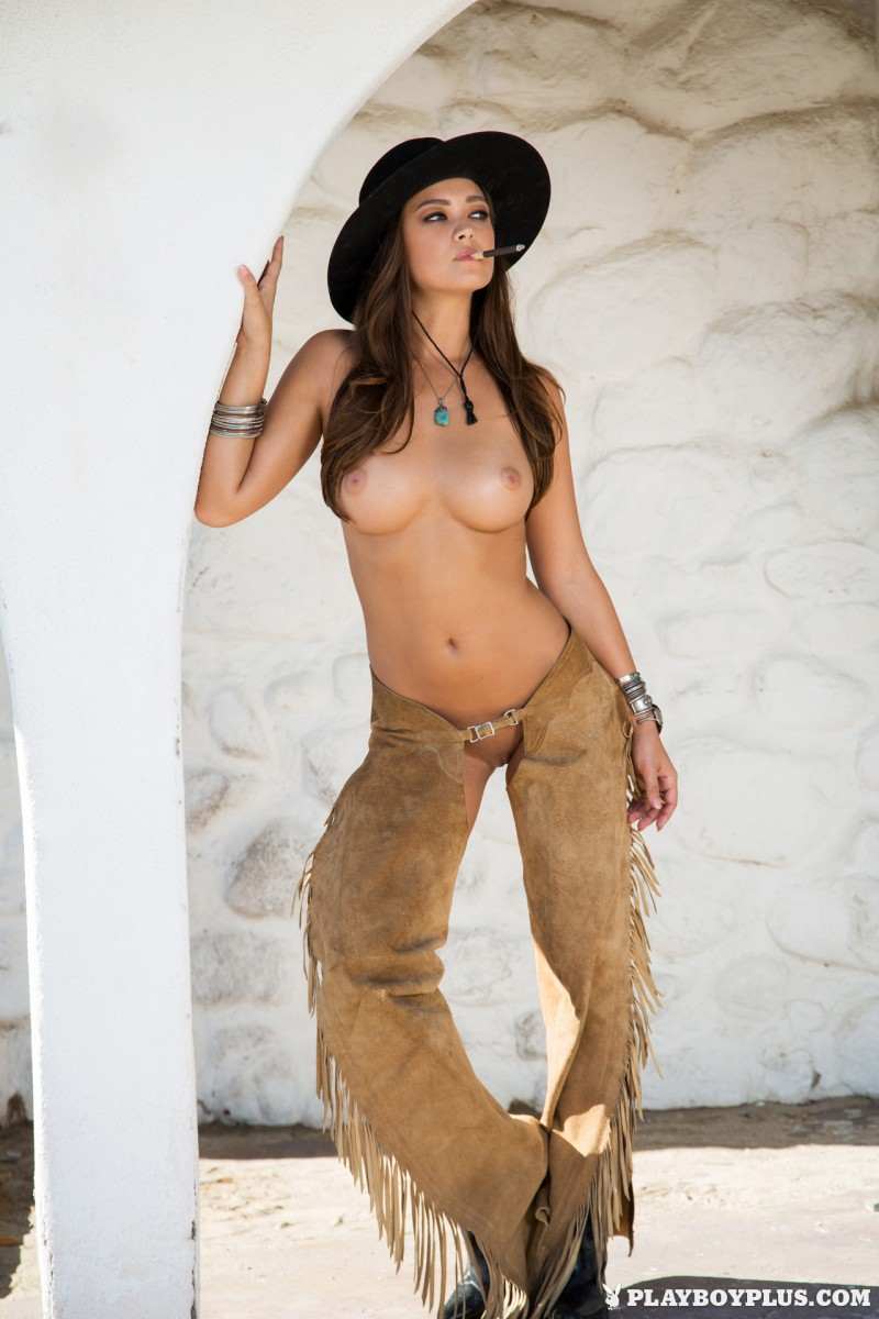 chelsie-aryn-wild-west-naked-playboy-15