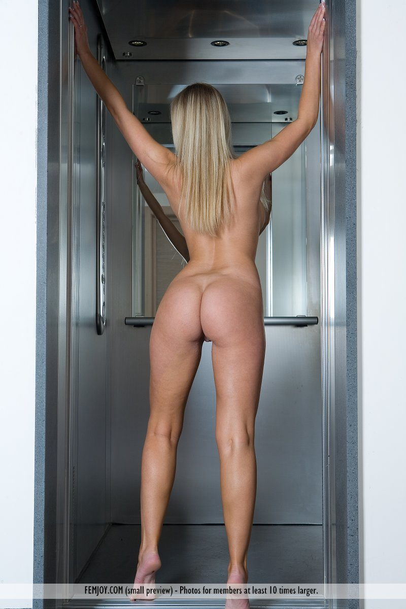 magdalene-boobs-elevator-nude-femjoy-07